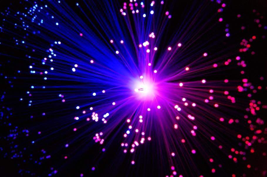 colorful_light_by_raya2222-d366h6g.jpg