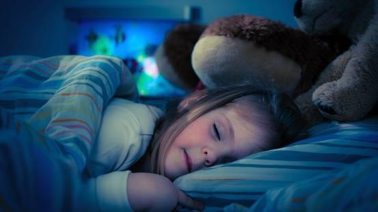 Bambino letto dormire